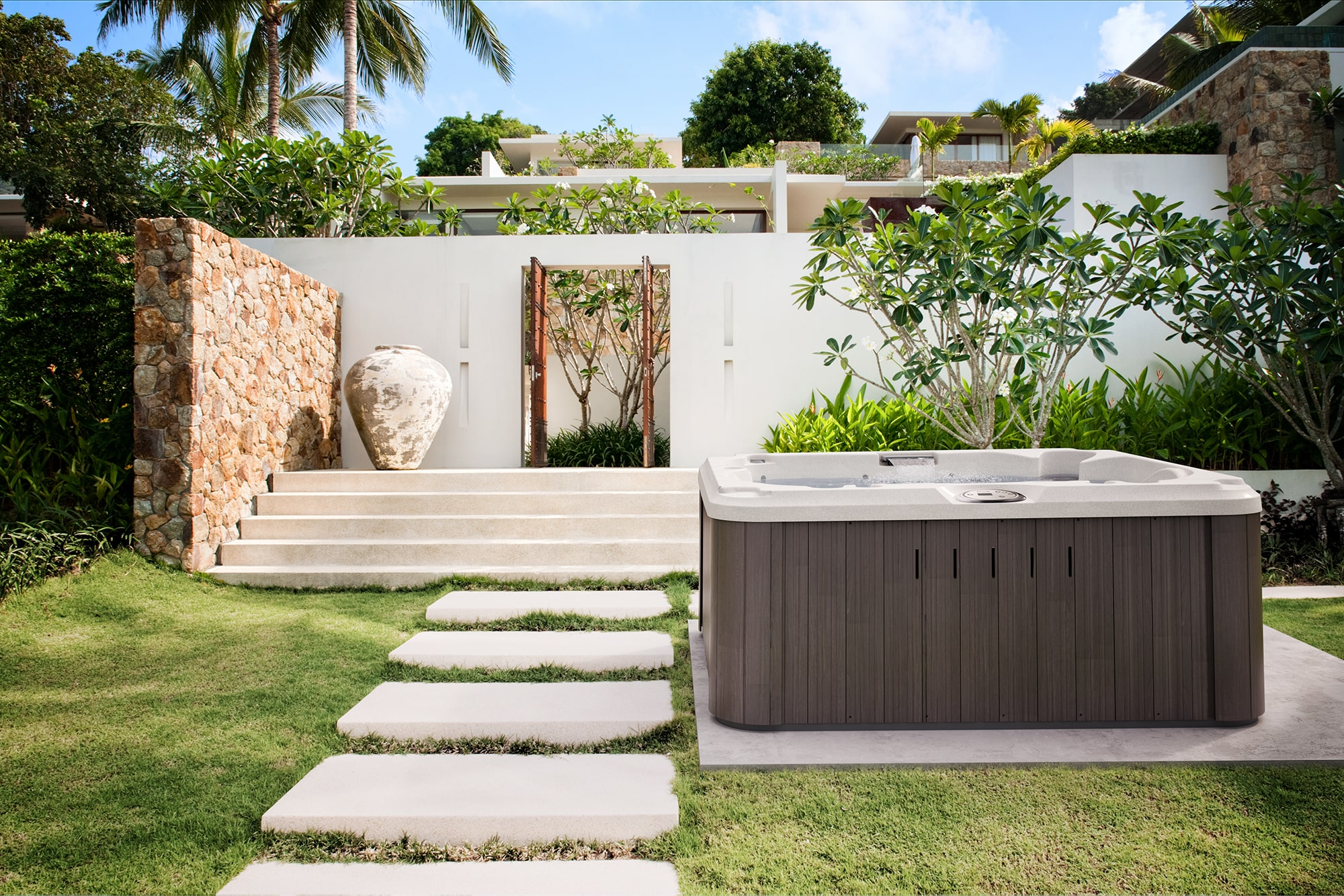 jacuzzi-hot-tub-install outdoors